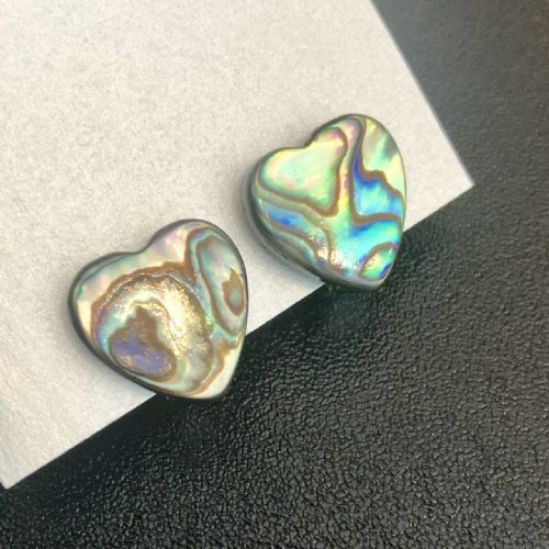 Paua Clip On Stud Earrings - Large Heart Natural PE07-LHN